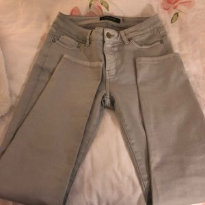 Repeat grey skinnies
